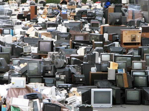 e-waste scrap