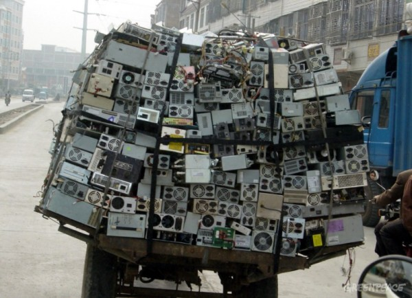 overloaded scrap truck