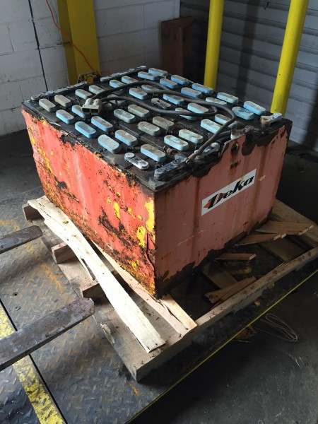 Forklift battery